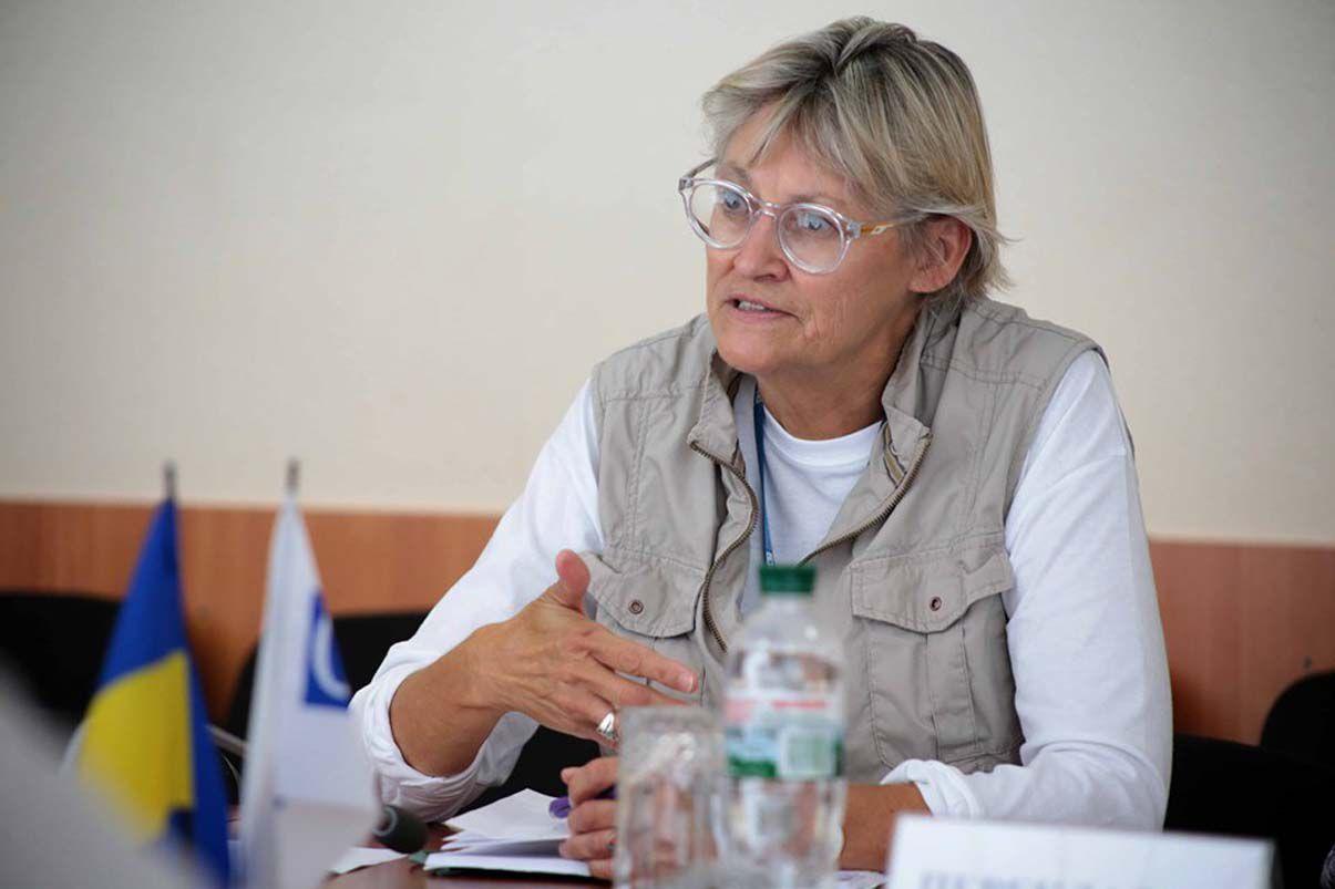 Відновлення мосту через річку Сіверський Донець затримується?