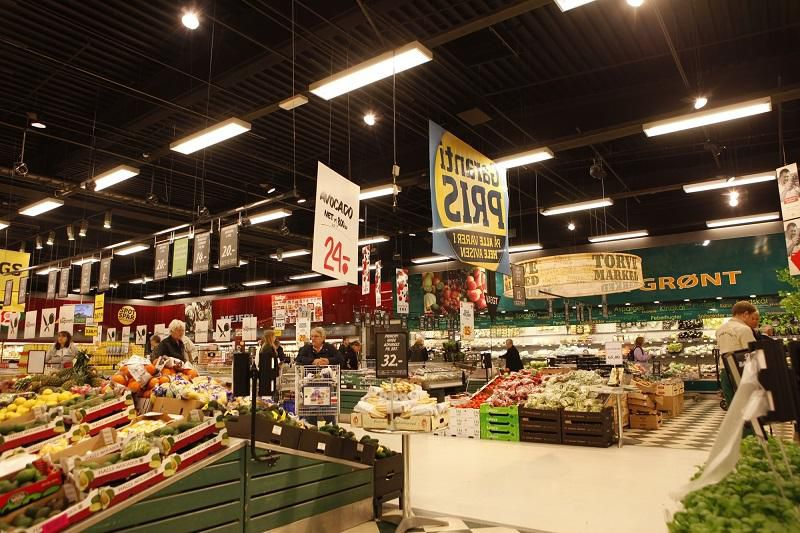 У Данії  харчі найдорожчі.  В Румунії —  найдешевші