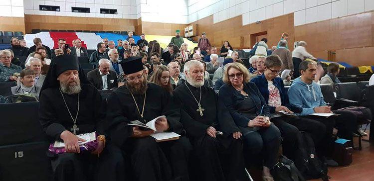 Интеллигенция — за белорусскую церковь