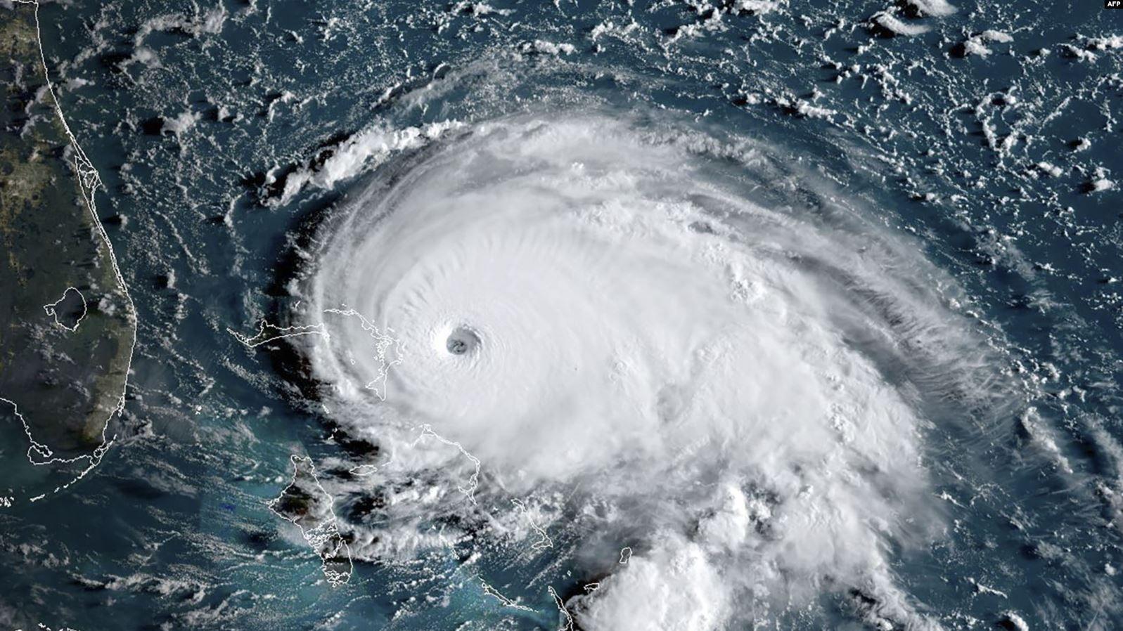 Ураган «Доріан»  ослабнув, однак  усе ще небезпечний  для США