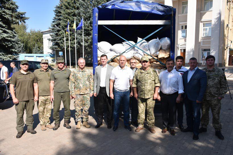 Латвія передала для мешканців Донбасу гуманітарний вантаж