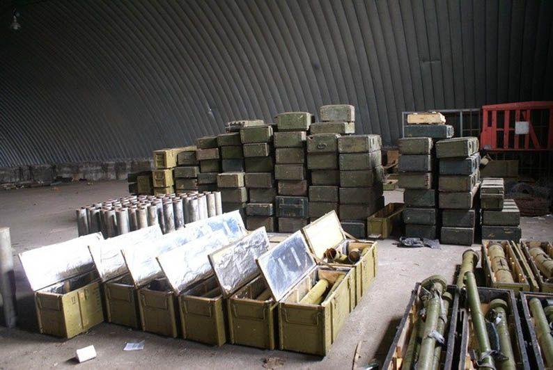 Кто украл гранаты в Греции,  и главное — для чего?