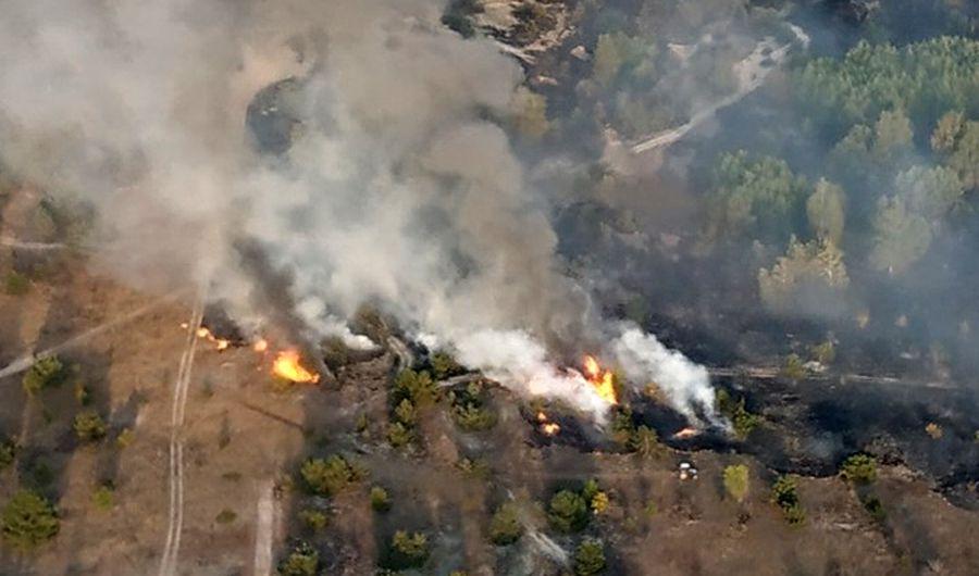 На Чернігівщині для боротьби з вогнем залучено авіацію