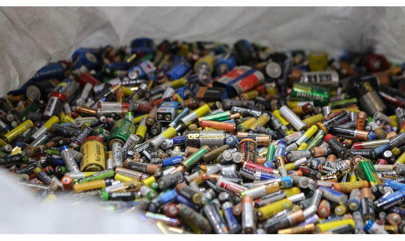 У Конотопі здані батарейки утилізувати не можуть