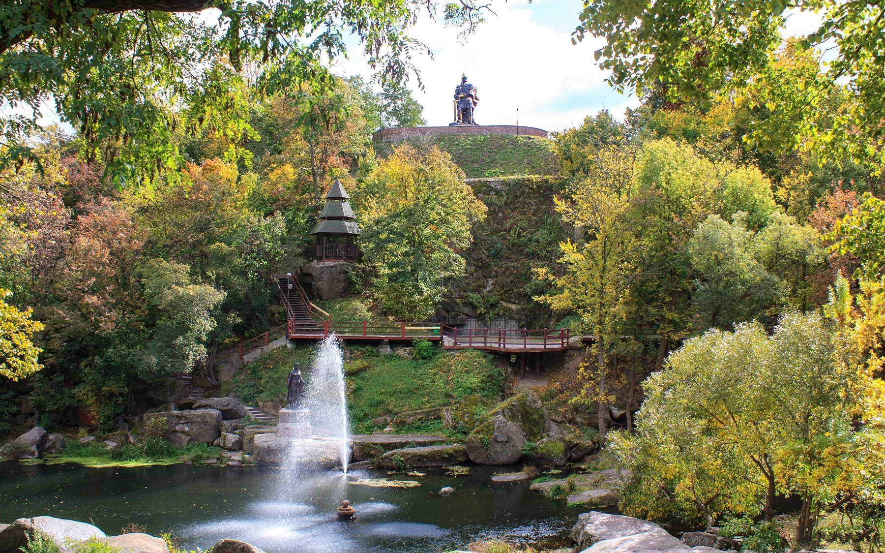 У Древлянському парку планують створити музей просто неба