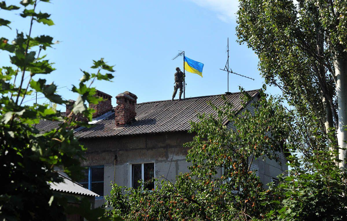 На Луганщині готуються до розведення сил