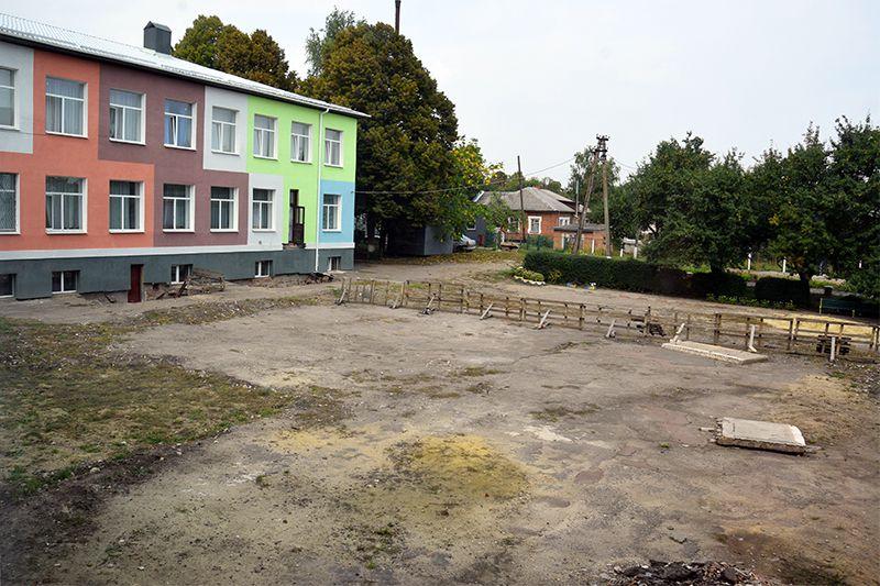 Миколаївській громаді не потрібен ремонт?