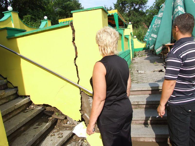 В Черновцах продолжают строить многоэтажки на оползневых участках