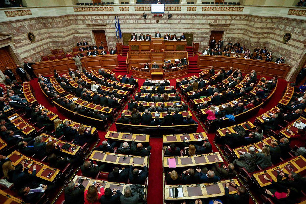 Греція  ухвалила жорсткіші правила