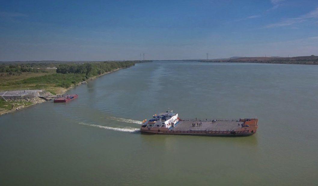 Запуск паромной переправы через Дунай снова откладывается