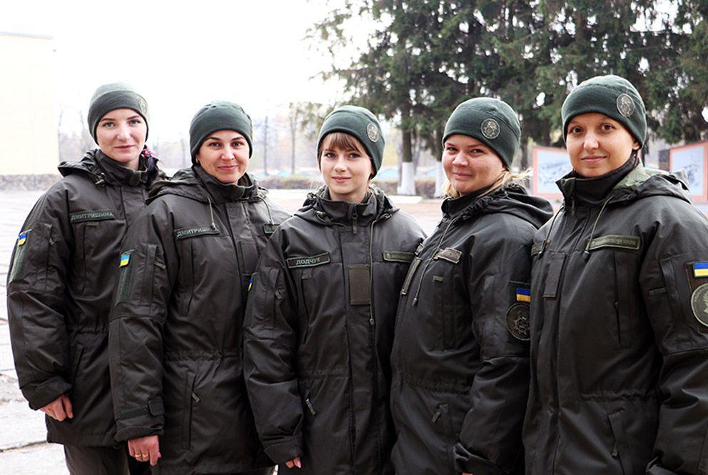 Чому сучасні жінки йдуть в армію