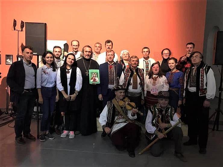 В Киеве открылась выставка «Преодоление гравитации»