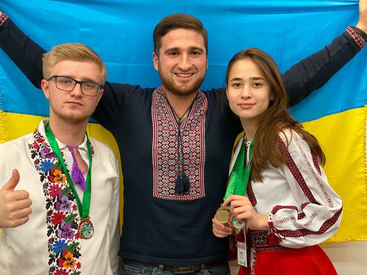 Учні МАН здобули медалі на конкурсі проектів