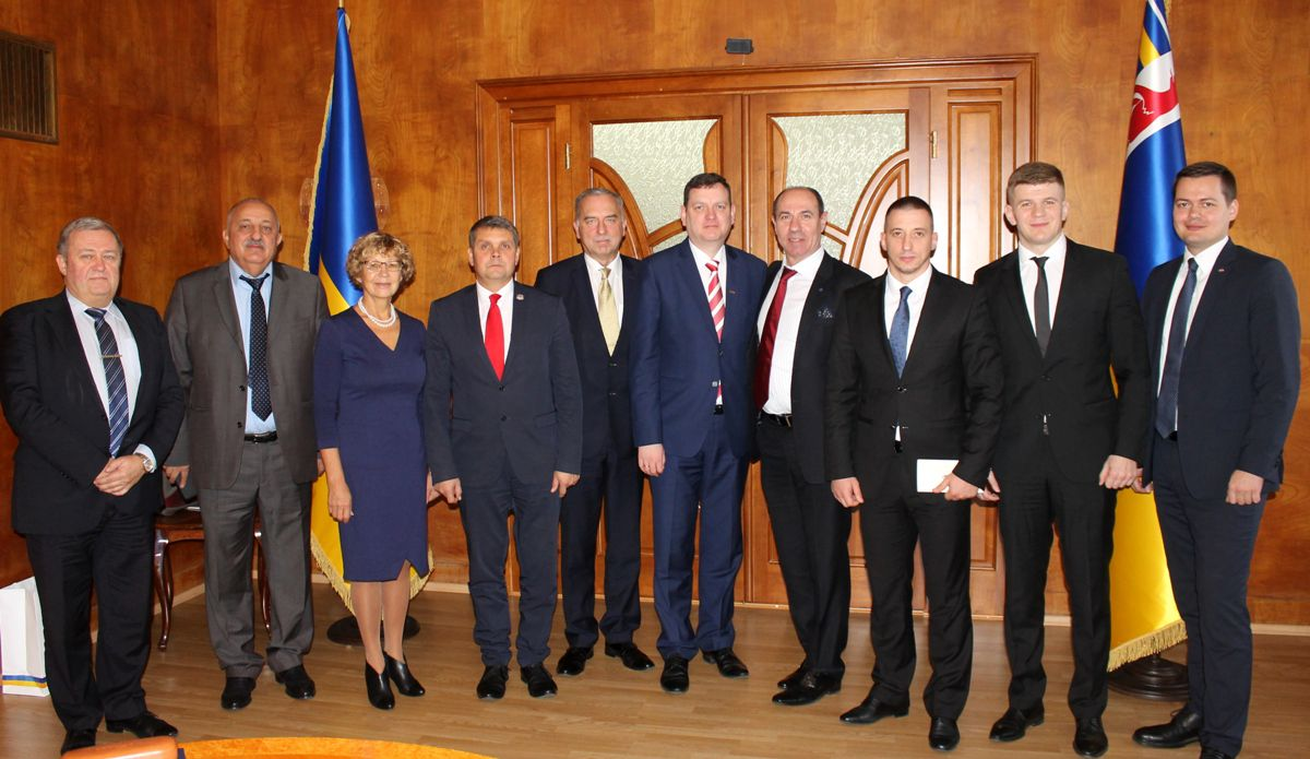 Латвія відкрила в Ужгороді почесне консульство