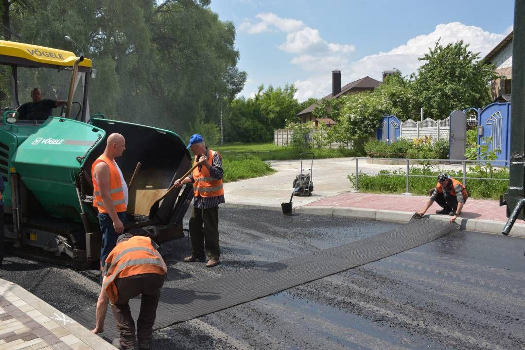 У Чернігові оновили покриття шести вулиць