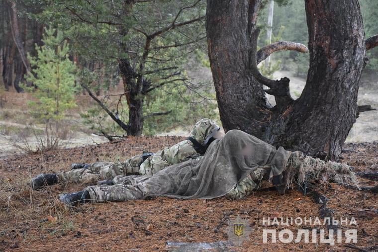 Поліція Луганщини: Щоб діяти, як годинниковий механізм