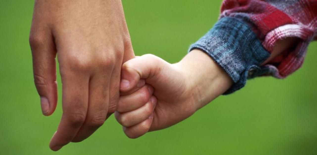 Сироти з Дніпропетровщини знайшли нові родини