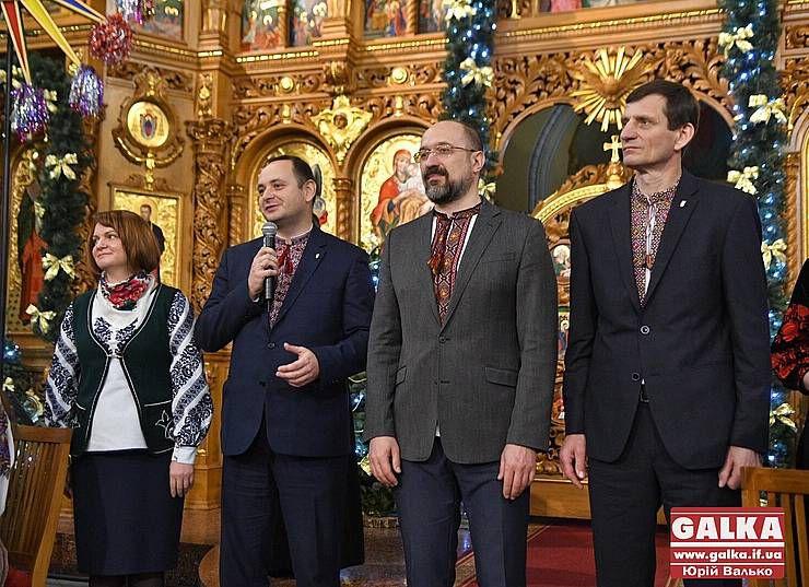 В Івано-Франківську прославляли Христа на десятках мов
