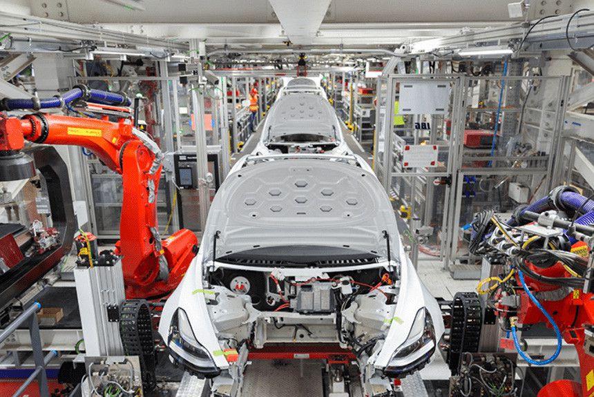 Американська Tesla купила 300 гектарів землі в Німеччині