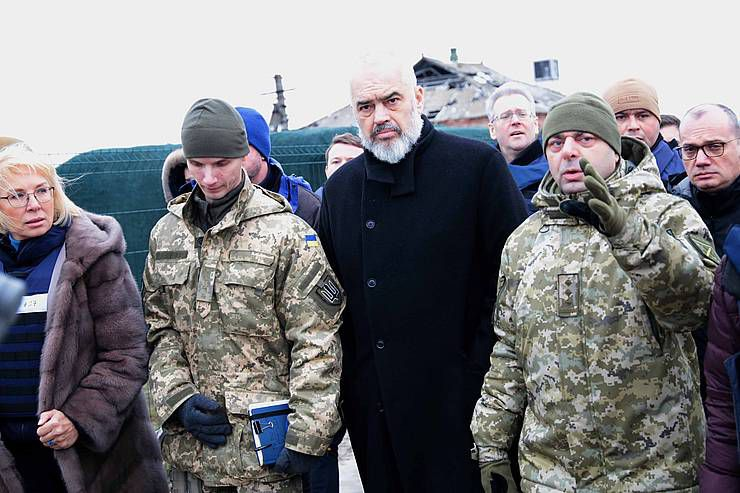 Новый председатель ОБСЕ проверил работу КПВВ «Станица Луганская»