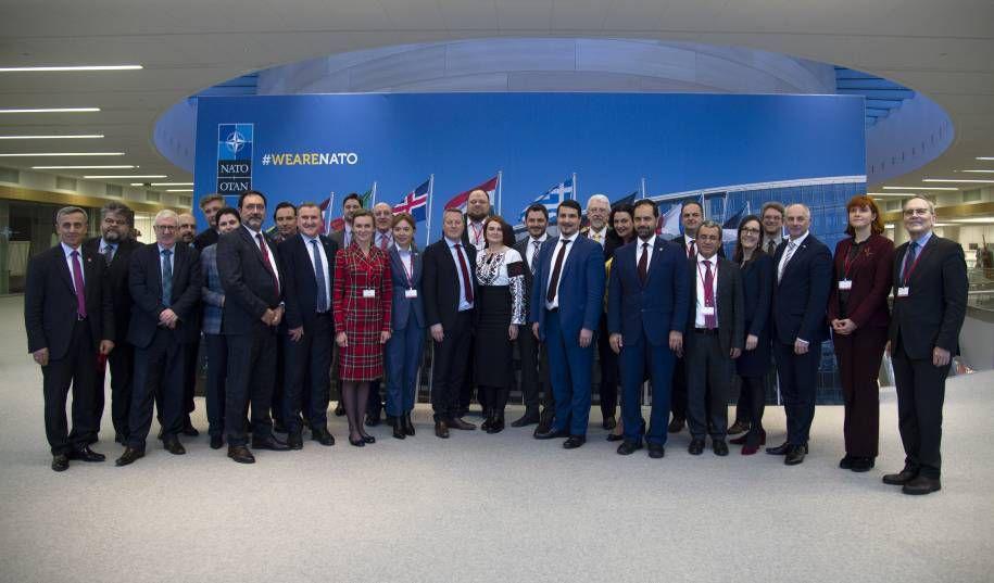 В НАТО акцентируют внимание на важности успешного внедрения реформ