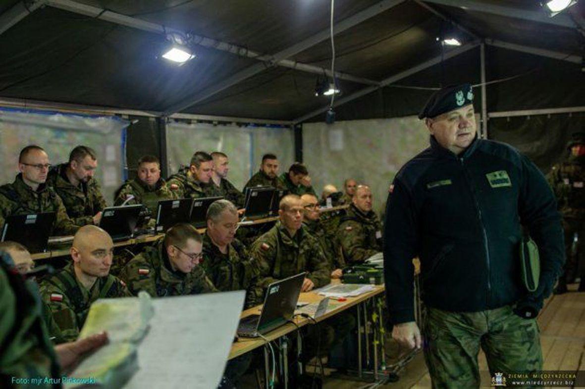 «Комбайнд Резолв XIII»: багатонаціональна дивізія готова дати відсіч агресору, а українські офіцери в її складі планують та проводять інформаційні операції