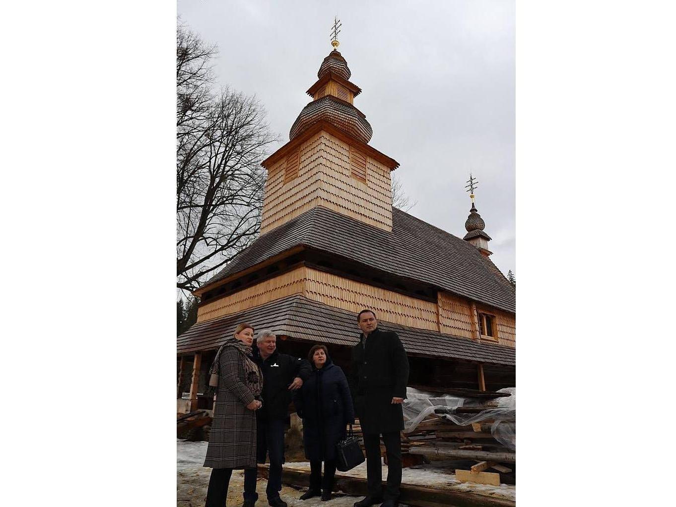 Восстанавливают уникальный памятник сакральной архитектуры Закарпатья