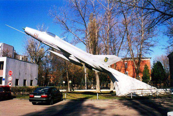 Чернігів: Шануймо не військові формування, а людей