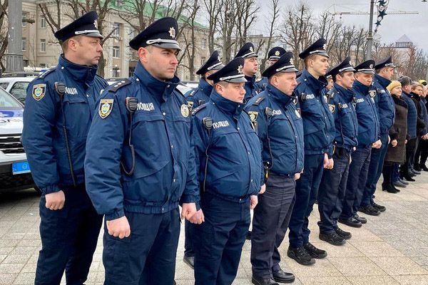 Поліцейські офіцери вирушають на службу до ОТГ Черкаської області