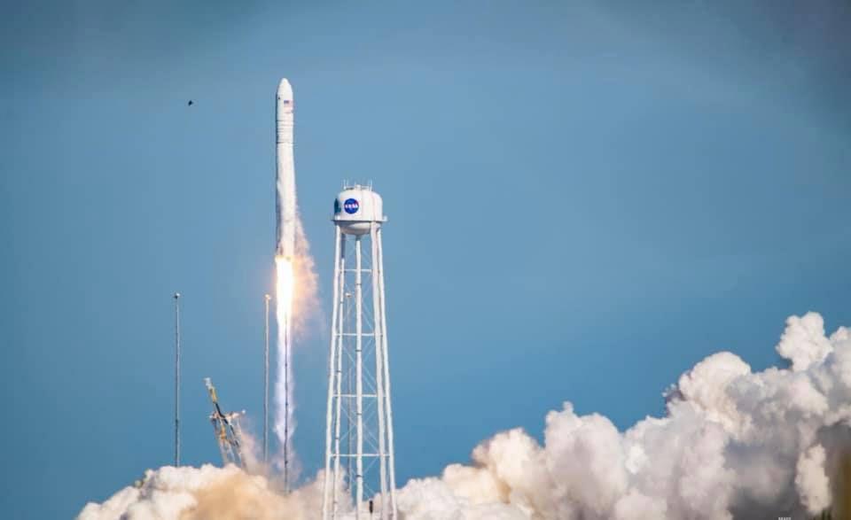 NASA запустила ракету з українськими деталями