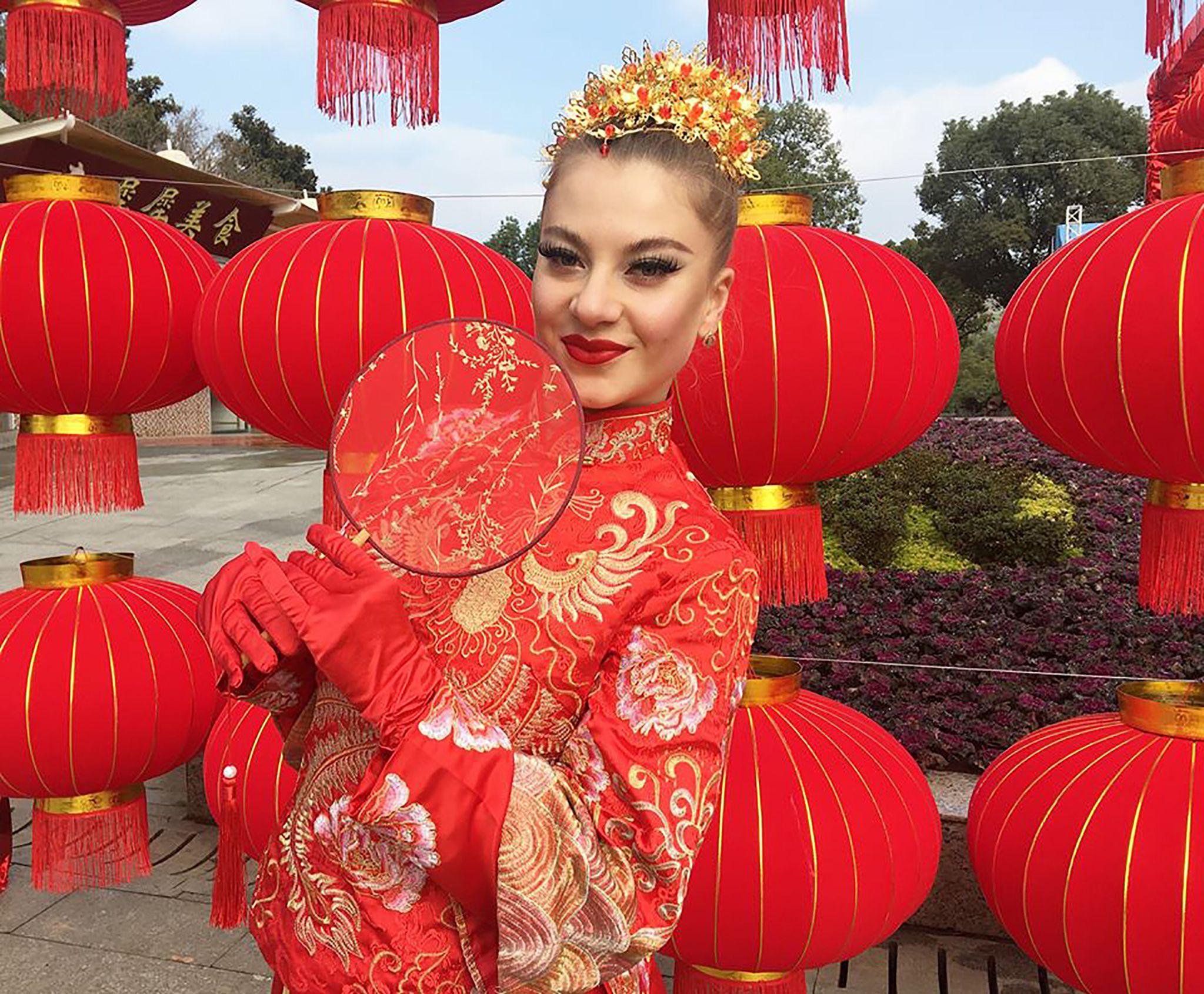 Нині танцює у Ханджоу, а майбутню кар'єру планує будувати вдома