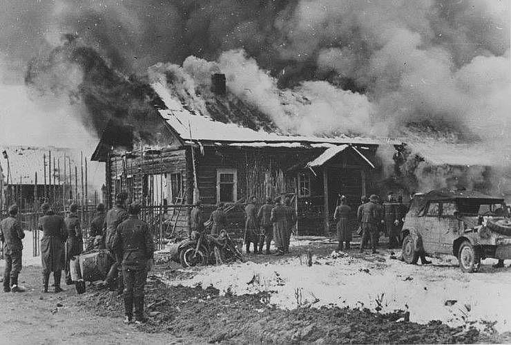 Корюківку окупанти палили три дні