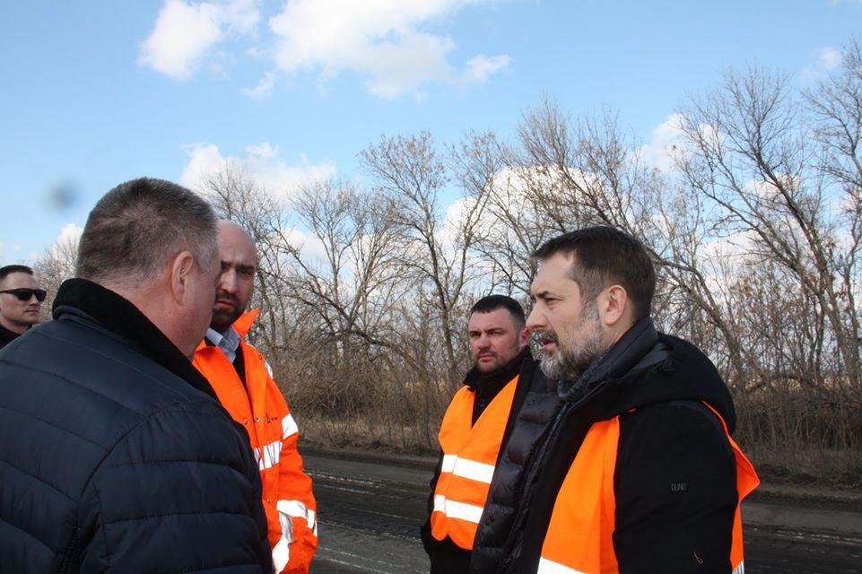На Луганщині розпочинають розбудову дорожньої галузі