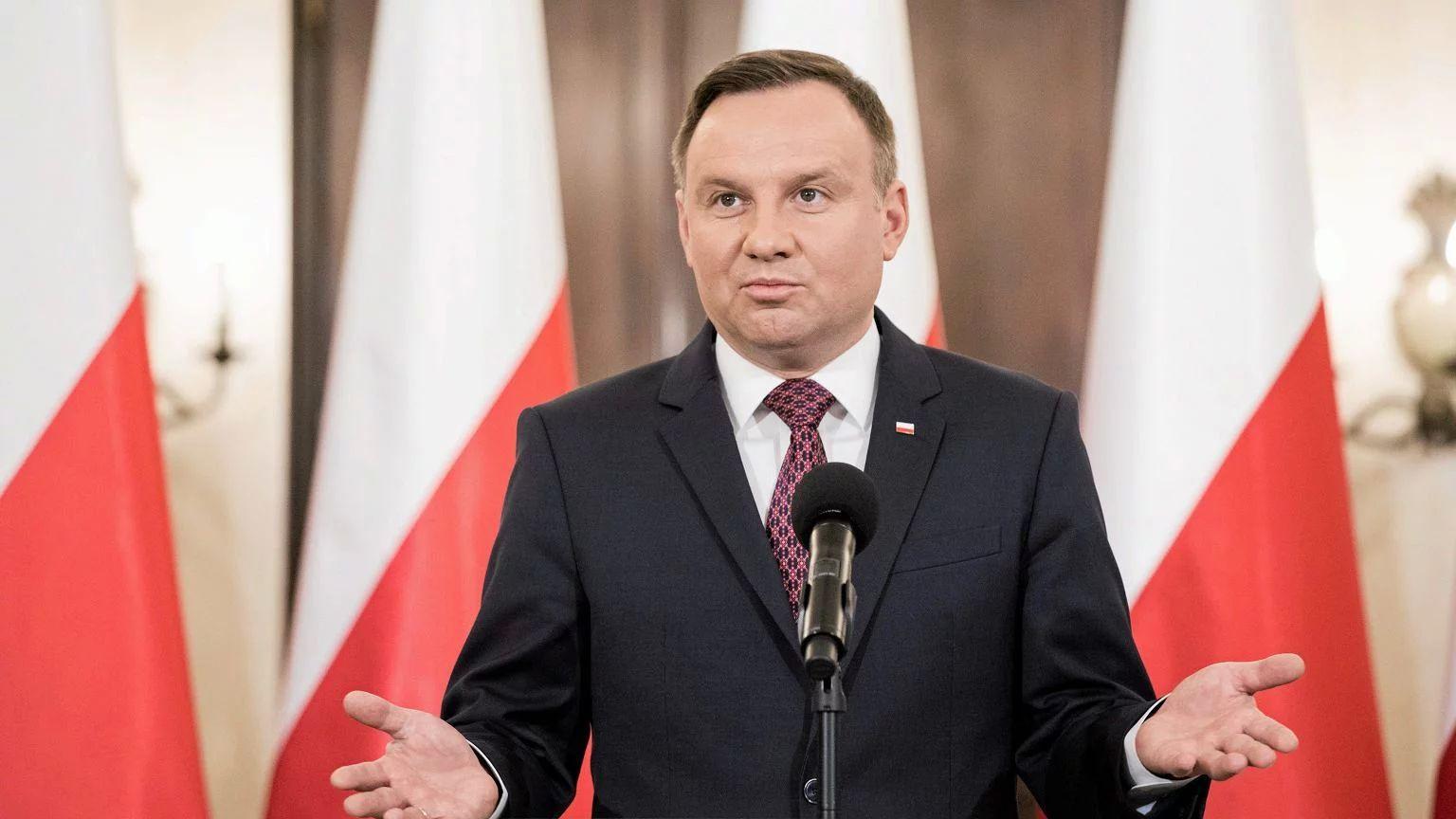 Дуда планує вшанувати пам'ять жертв Катині в Харкові
