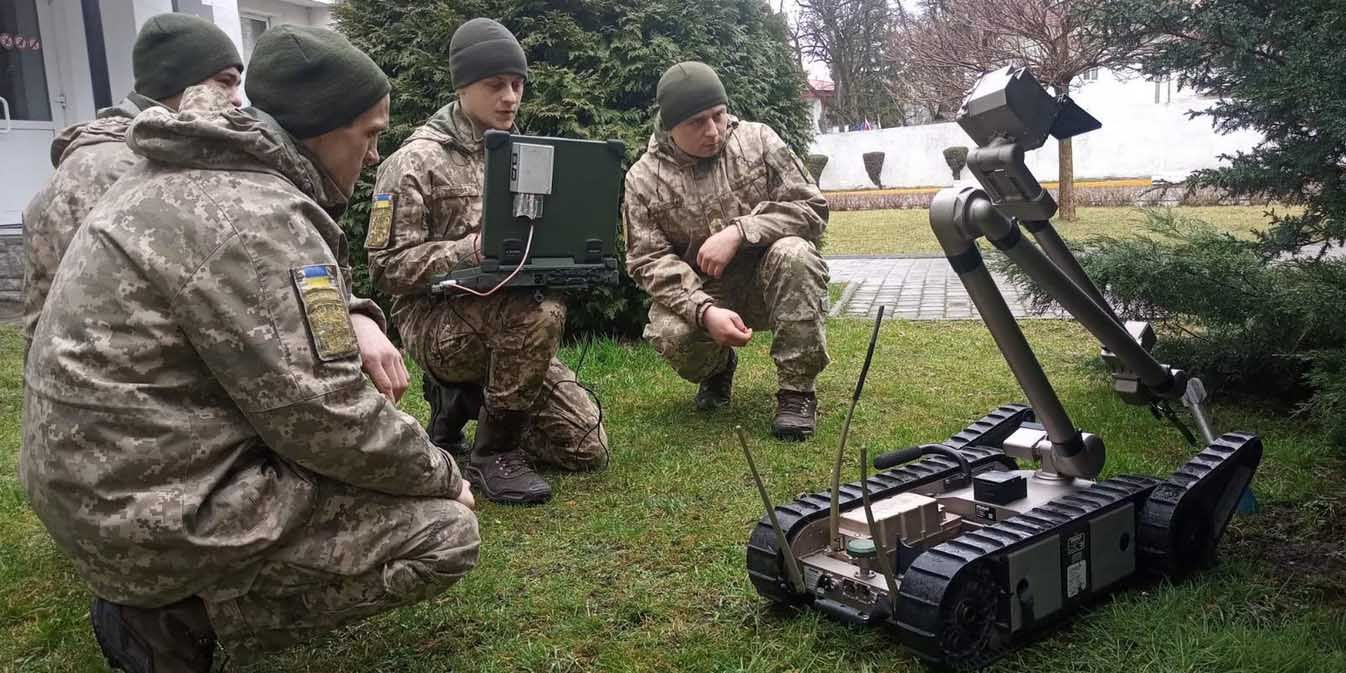 У Львові військові інженери опановують  сучасні роботизовані комплекси