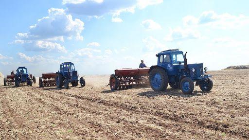 На Вінниччині аграріям рекомендують обмежити проїзд техніки населеними пунктами
