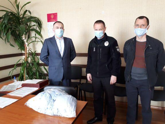 У Каховці виготовляють багаторазові маски