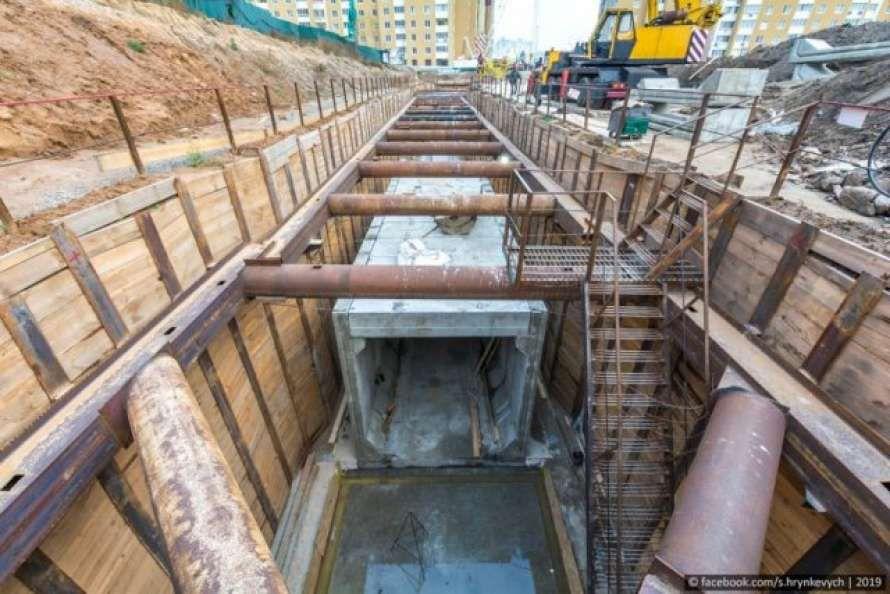 Роботи з будівництва метро на Виноградар тривають