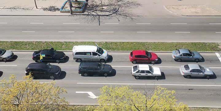 В Чернигове предприниматели протестовали автопробегом