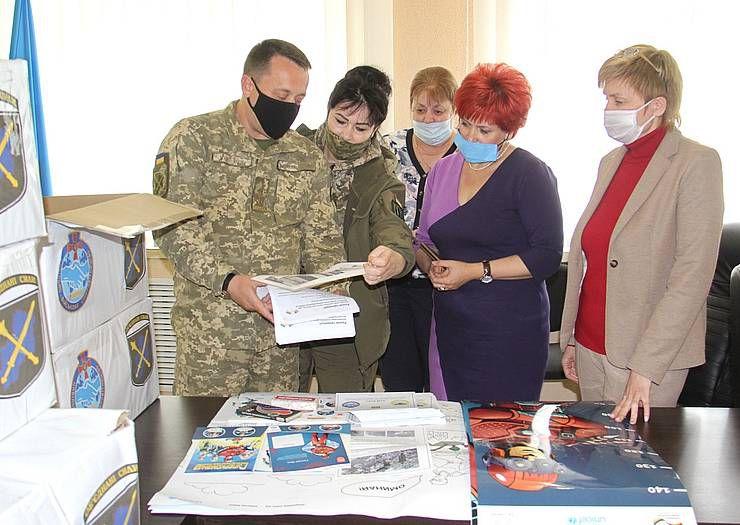 В Донецкой области юных жителей учат основам минной безопасности