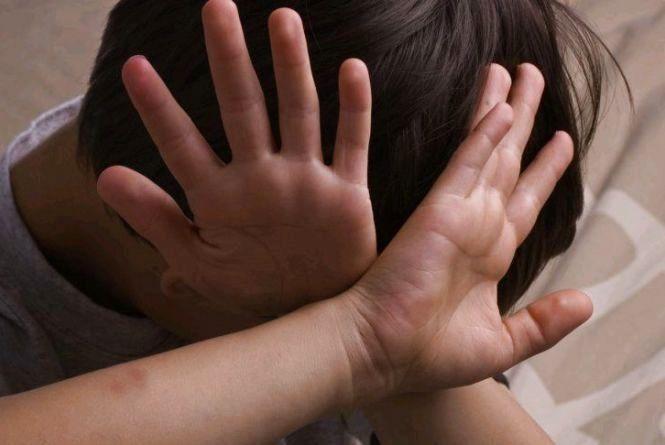 В Херсонской области родители издеваются над малышами