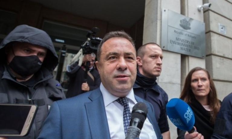 Болгарія: Чиновник залишився без посади й під арештом