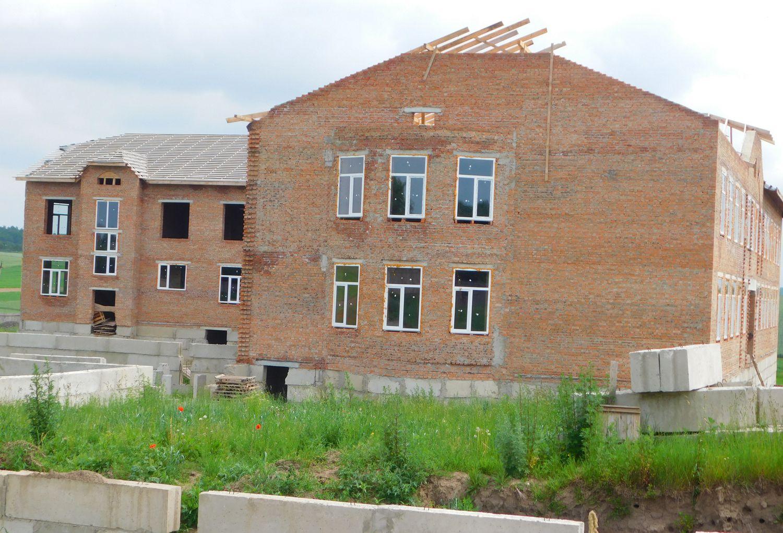 Школу в Борбині «заморозили»