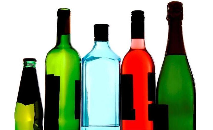 Підпільна торгівля спиртним процвітає біля пляжів Херсонщини