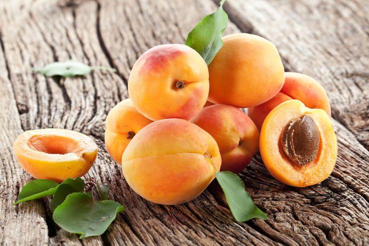 Король південних фруктів персик поступився «троном» абрикосу