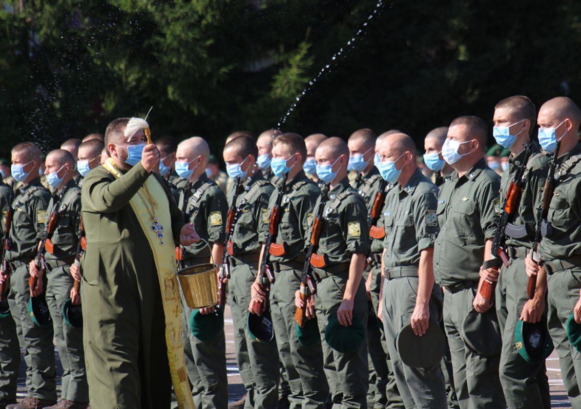 Хмельнитчина: Курсанты-пограничники принесли присягу