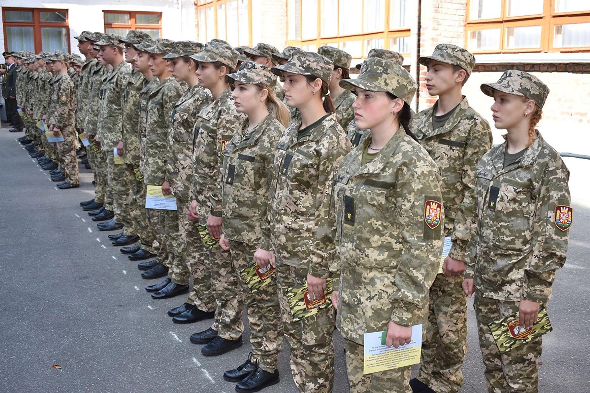 У стінах Новоград-Волинського ліцею пролунала перша обітниця