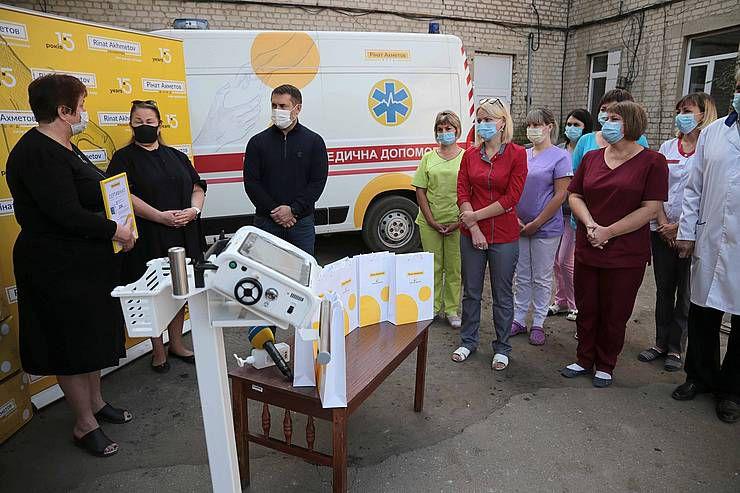 На Луганщині медики отримали сучасне обладнання