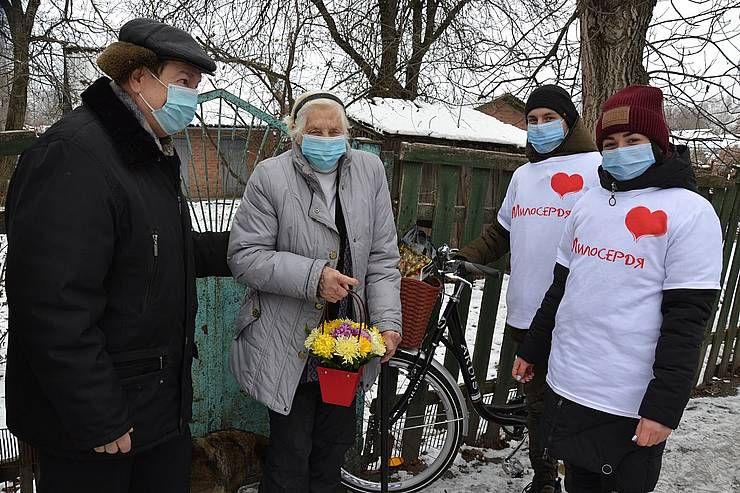 Полтавщина: О пожилых позаботятся молодые волонтеры