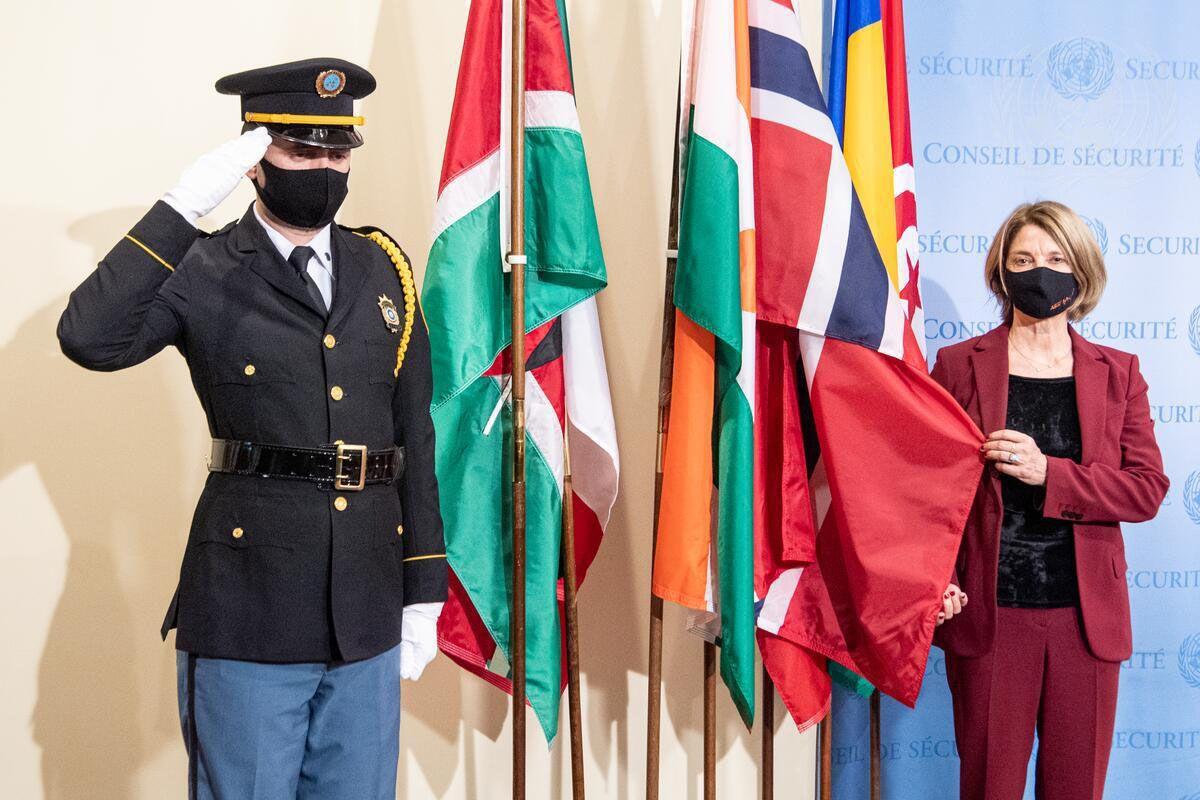 У штаб-квартирі ООН відбулася урочиста церемонія підняття  прапорів обраних шести непостійних членів Ради Безпеки.